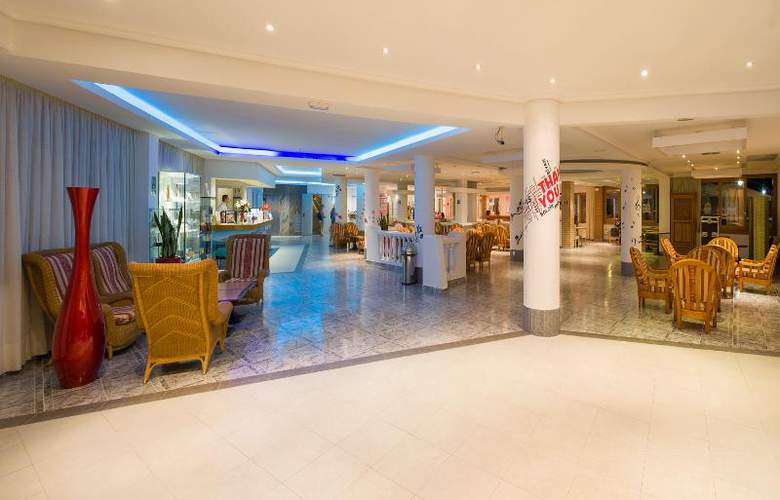 Invisa Hotel Es Pla - Hotel - 9