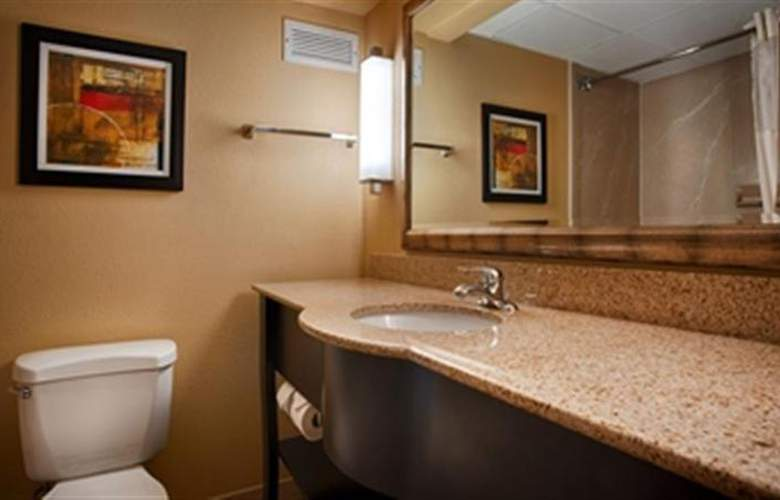 Best Western Plus Windsor Suites - Room - 32