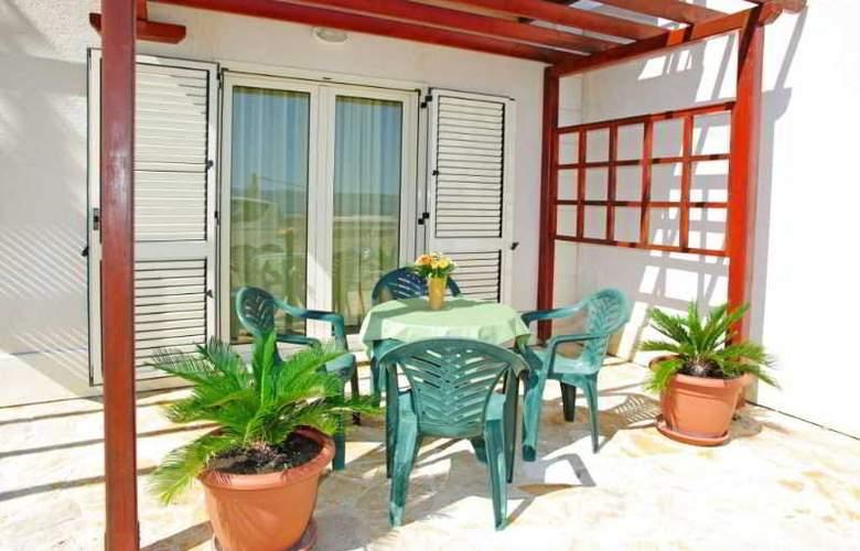Villa Lara - Room - 20