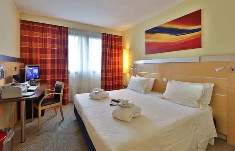 Best Western Palace Inn - Room - 5