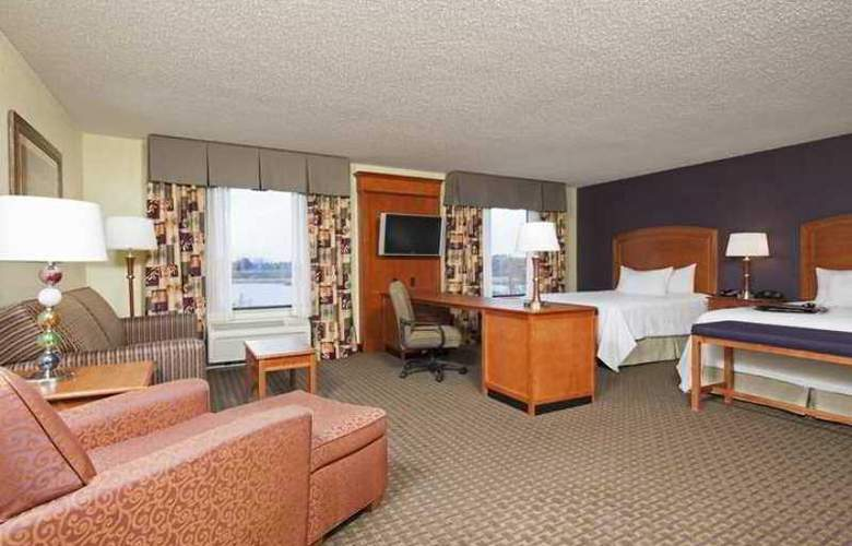 Hampton Inn & Suites Grand Rapids-Airport 28th - Hotel - 8