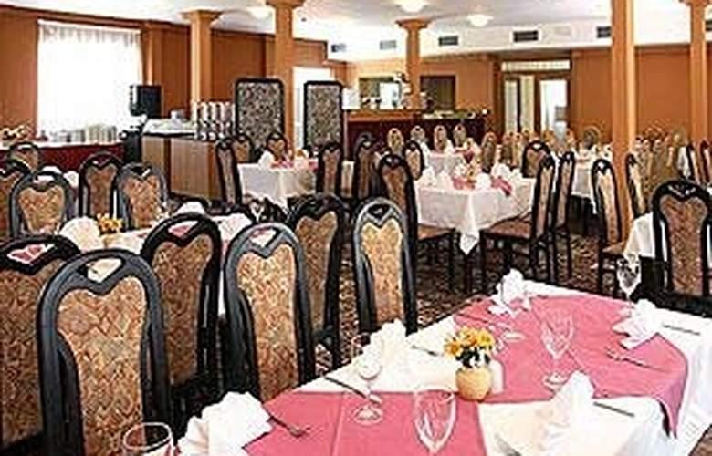 Albion - Restaurant - 3