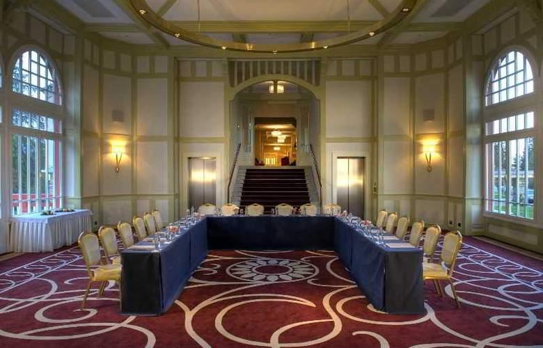 Grand Hotel Kempinski High Tatras - Conference - 35