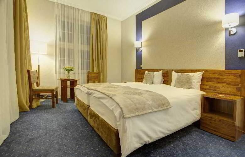 Piast Hotel - Room - 8