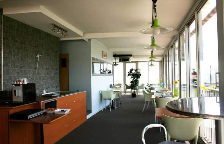Inter Hotel Des Puys - Restaurant - 0