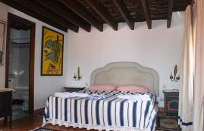 Apartamentos Navila - Hotel - 1