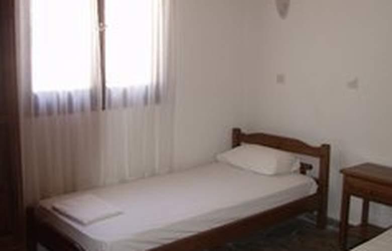 Agios Andreas Villas - Room - 4