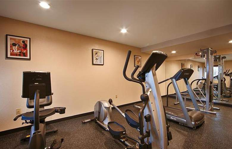 Best Western East Brunswick Inn - Sport - 33