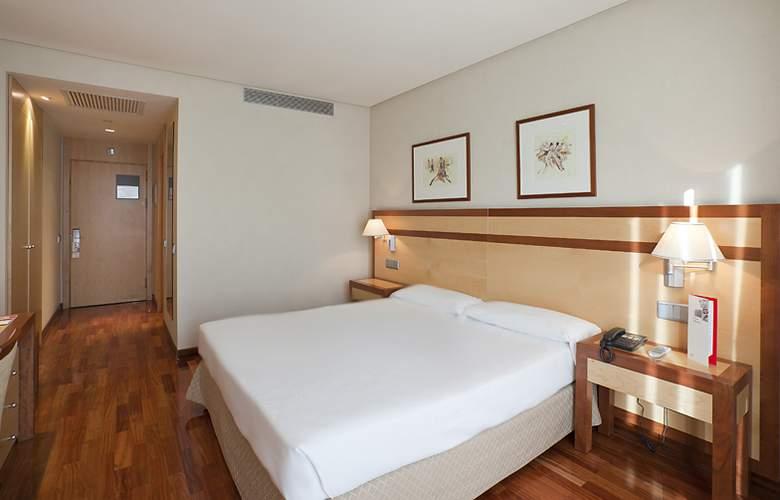 Ilunion Alcala Norte - Room - 10