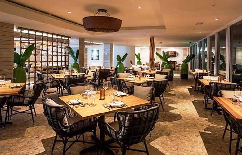 Hampton Inn & Suites Islamorada - Restaurant - 18