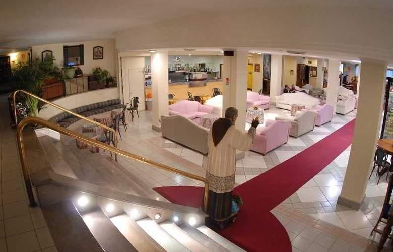 Hotel V7 - General - 1