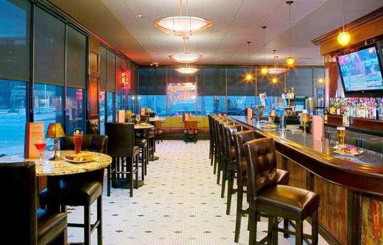 Doubletree Hotel Cleveland Downtown/Lakeside - Restaurant - 3