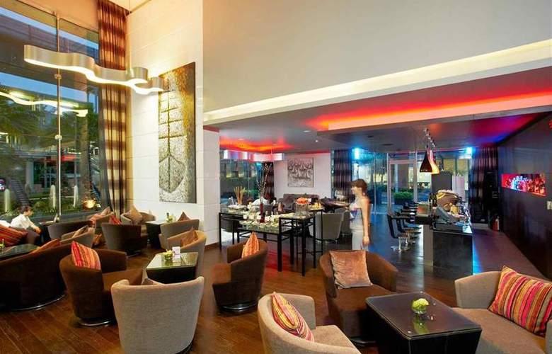 Novotel Bangkok Fenix Ploenchit - Bar - 69