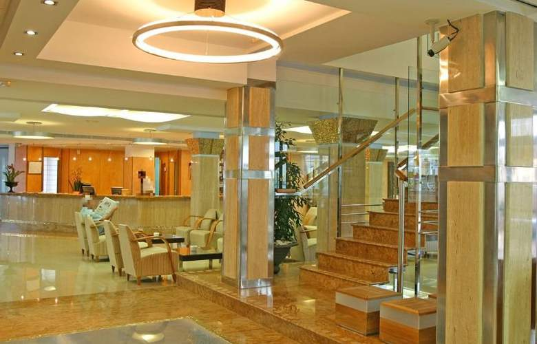 Invisa Hotel La Cala - General - 7