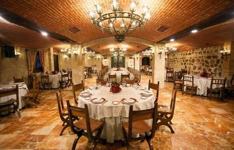Alfonso VI - Restaurant - 46