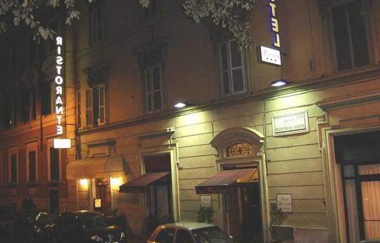 Mariano - Hotel - 0