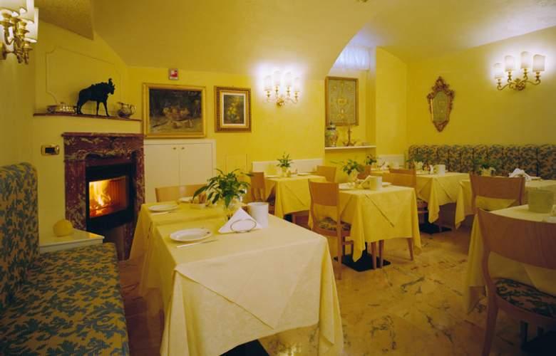 Dieci - Restaurant - 14