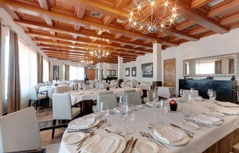 Tryp Valencia Azafata - Restaurant - 6
