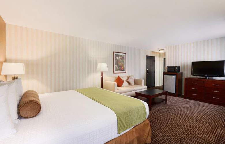 Best Western Plus Carpinteria Inn - Room - 63