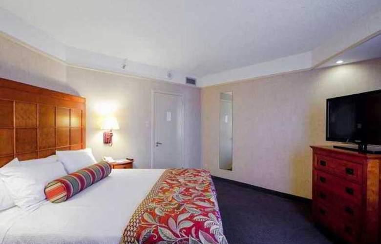 Embassy Suites San Antonio - Int. Airport - Hotel - 3