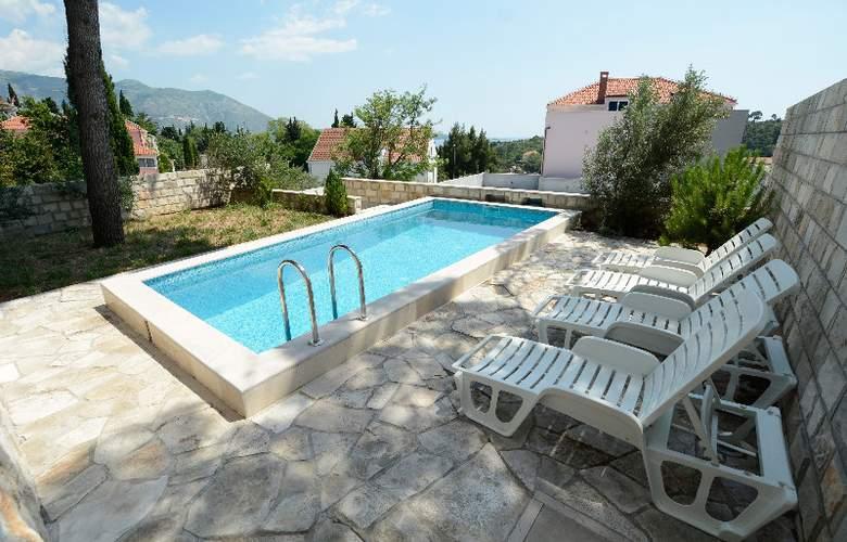 Villa Avantgarde - Pool - 26