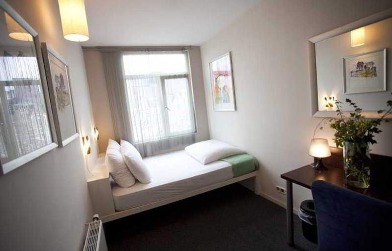 Quentin Amsterdam - Room - 11