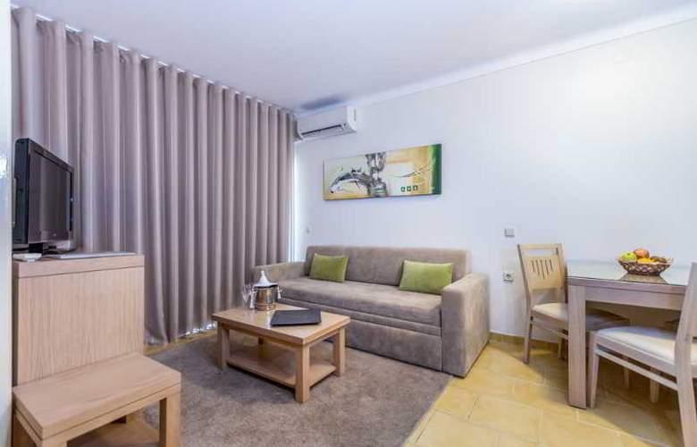 Santa Eulália Hotel Apartamento & Spa - Room - 10