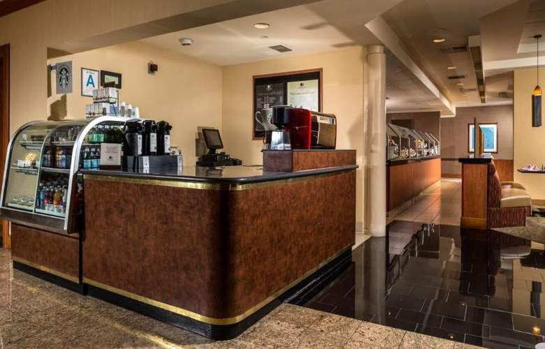 DoubleTree by Hilton Carson - Restaurant - 29