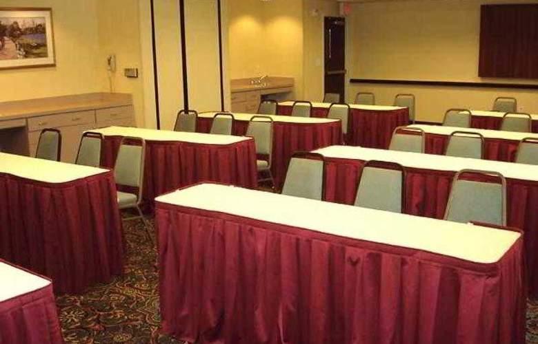 SpringHill Suites Pasadena Arcadia - Hotel - 1