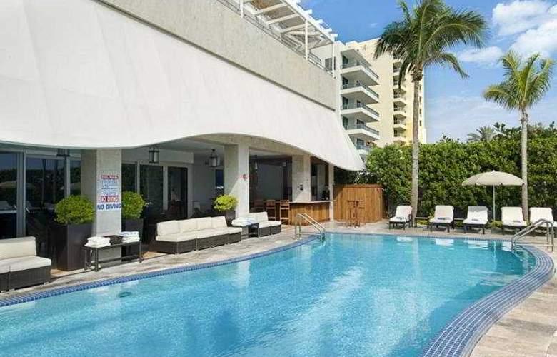 Hilton Bentley Miami Beach - Pool - 5