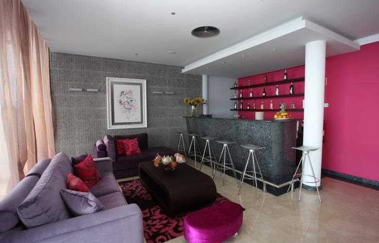 Hotel Apartamentos Baia Brava - Room - 5
