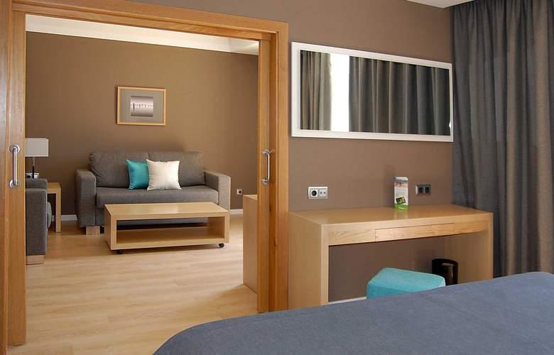 Protur Sa Coma Playa Hotel and Spa - Room - 6