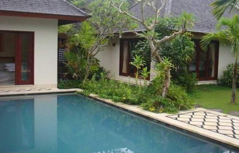 The Genah Villa Canggu - Pool - 8