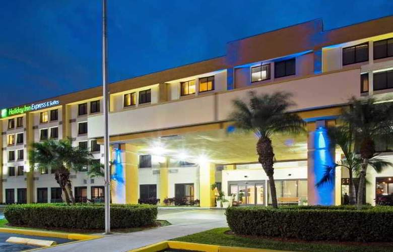 Holiday Inn Express suites Miami-Hialeah - Hotel - 0
