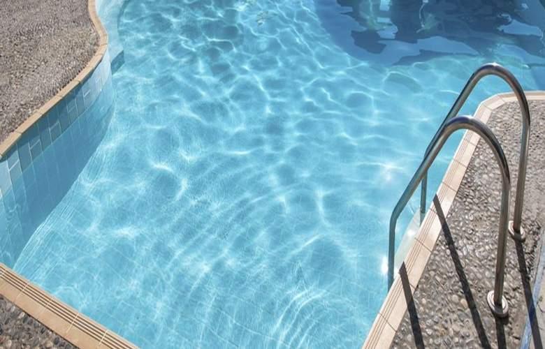 Koutouloufari Village Holiday Club - Pool - 2