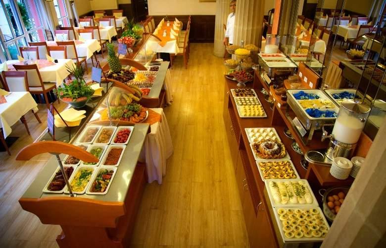 Best Western Hotel Meteor Plaza - Restaurant - 40