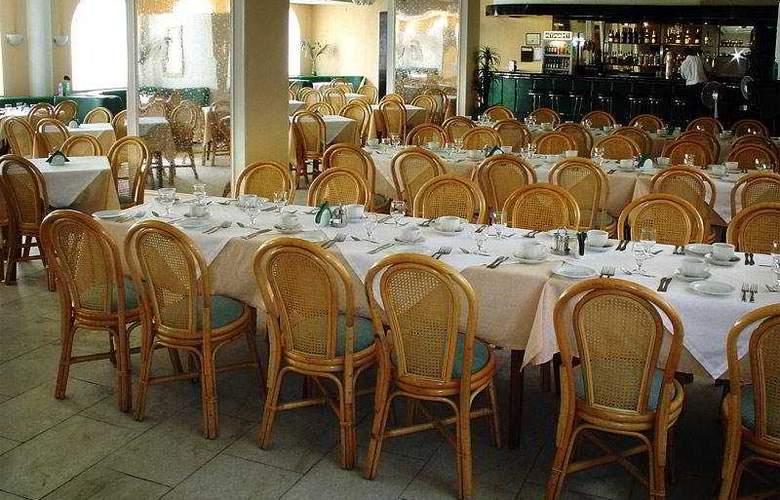 Ladoga - Restaurant - 6