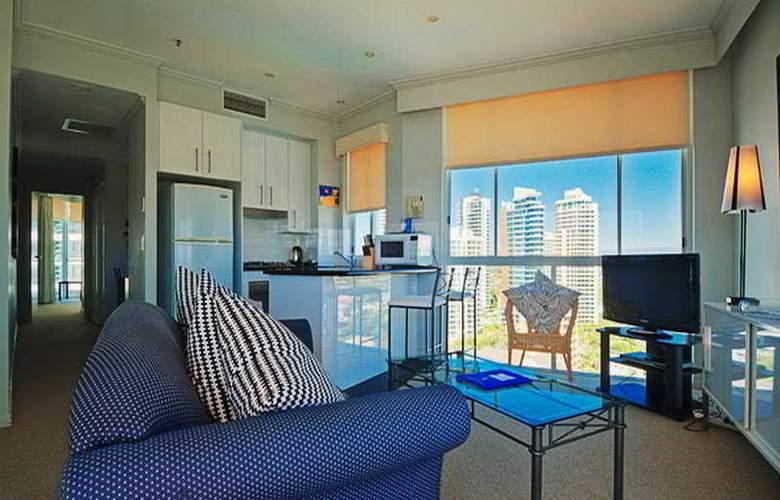 Pacific Views Resort - Room - 2
