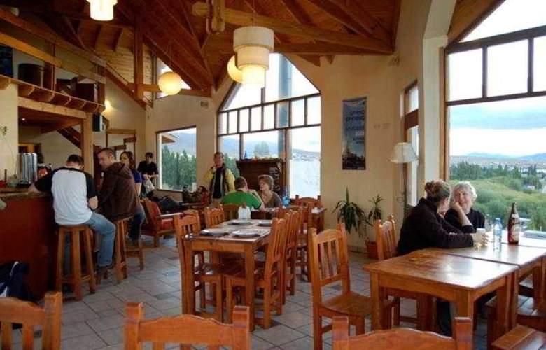 America del Sur Hostel Calafate - Bar - 5