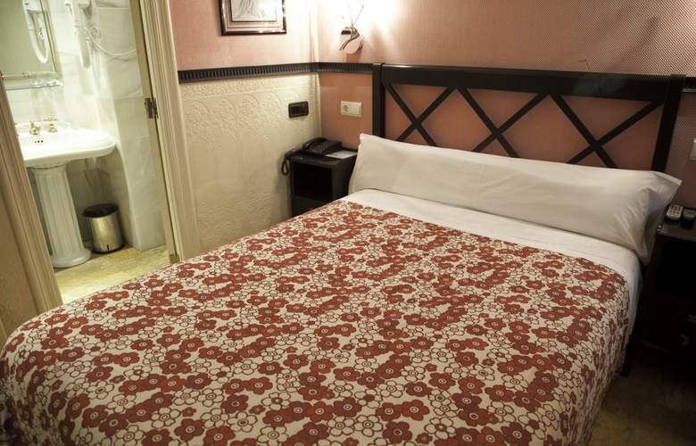 Villa Rosa - Room - 5
