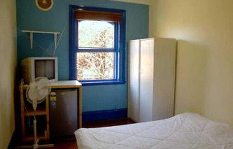 Great Aussie Backpackers - Room - 3