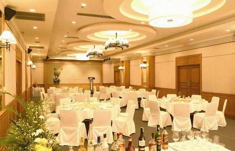 Kantary Bay Hotel and Serviced Apartments Rayong - Restaurant - 10
