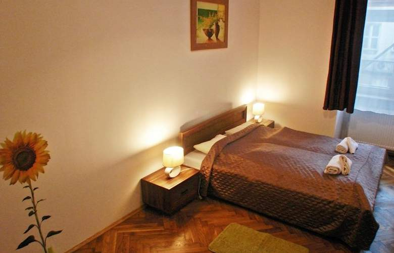 Old Town Apartments Grodzka - Room - 4