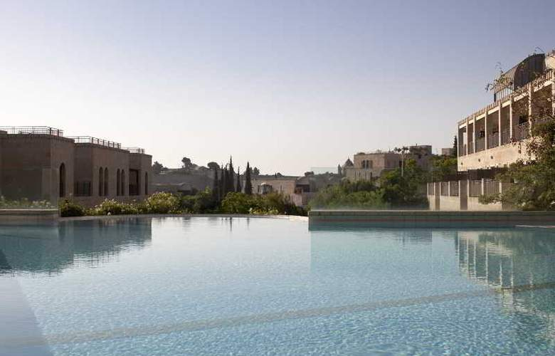 The David Citadel Hotel - Pool - 35