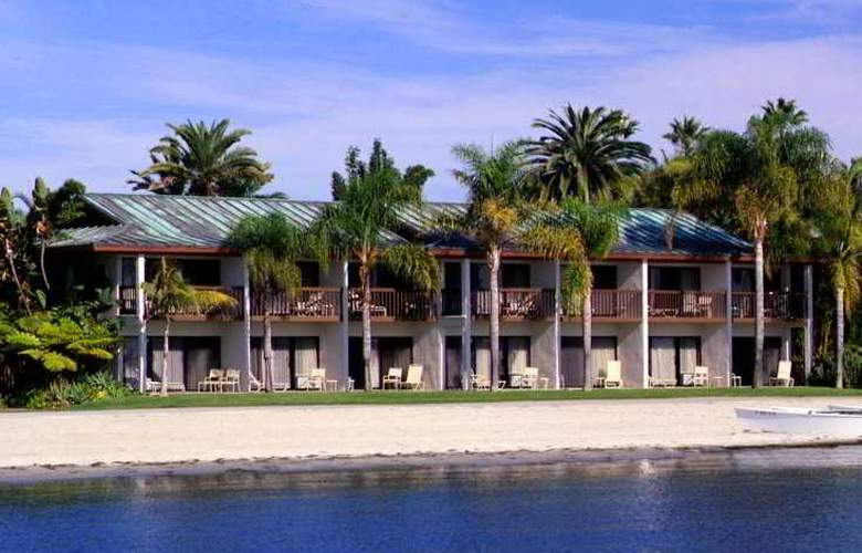 Catamaran Resort - Beach - 2