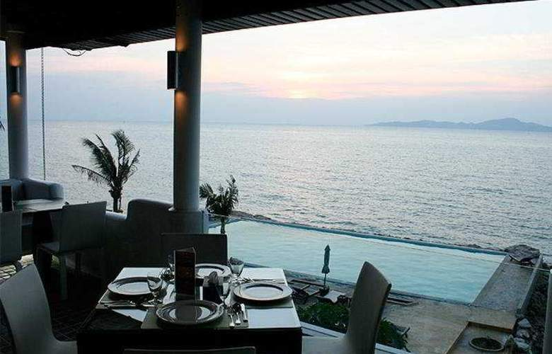 Golden Cliff House - Restaurant - 9