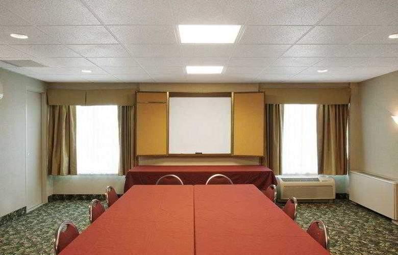 Best Western Syracuse Airport Inn - Hotel - 2