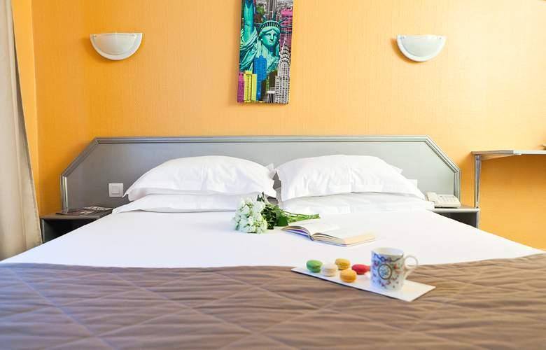 Jean Gabriel Montmartre - Room - 11