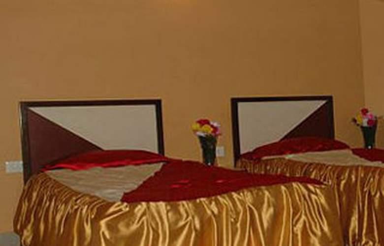 Dakha International - Room - 3