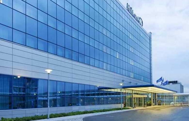 Hilton Helsinki-Vantaa Airport - Hotel - 0